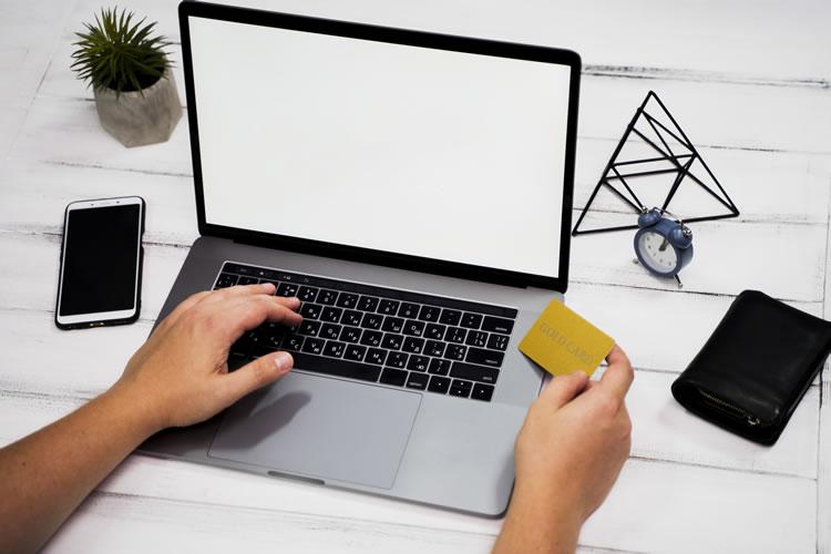 laptop si card de credit